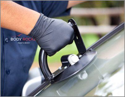 body-rocks-paint-body-windshield-glass-repair-services-watauga-texas-2